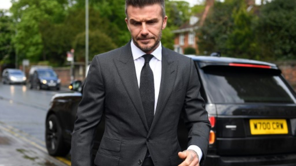 Beckham handed driving ban for using phone at the wheel